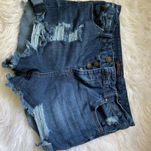 Celebrity pink- dark distressed denim